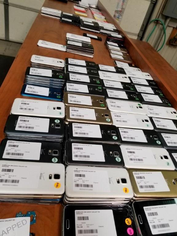 Macalegin Electronics Wholesale Variety of Used Smartphones Apple, LG, HTC, Samsung, and Motorola Mobile Devices and Phones